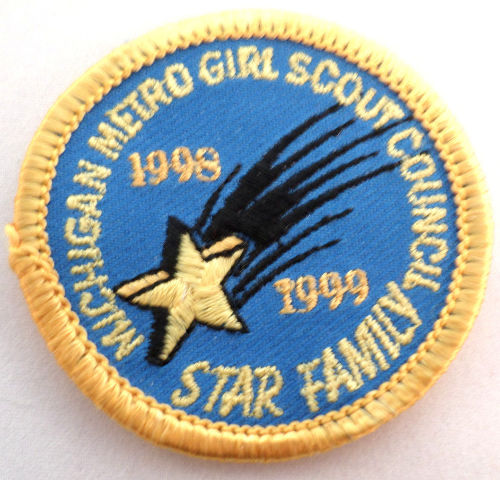 Girl Scout Patch Michigan Metro Girl Scout Council Star Family 1998-99