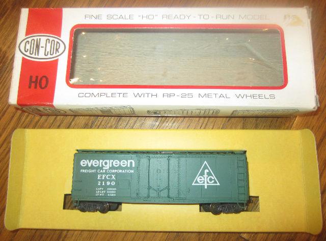 Con-Cor Evergreen Refridgerator Car  Ho Scale H-825 Efc 2190