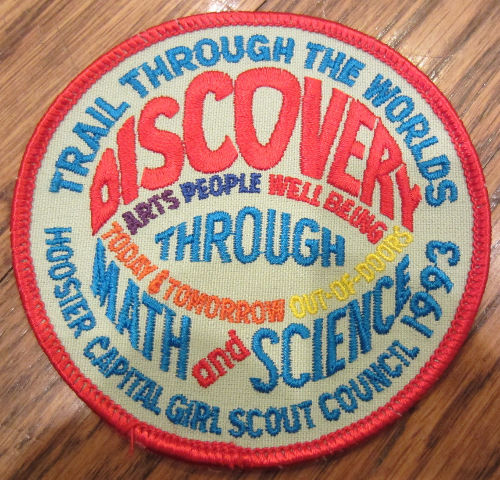 Girl Scouts Vintage Uniform Patch Trail Through The Worlds Discovery 1993