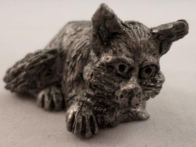 Pewter Collectible Figurine Animal Sleeping Resting Kitten Caracature