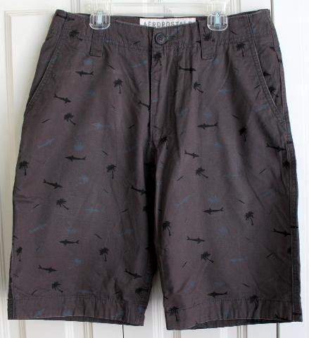 Mens Sz 28 Sharks Beach Theme Shorts