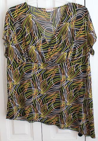 Women's Plus MKM Designs Jumangi Print Sz 3X Black Short Sleeve Top