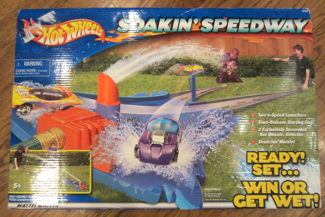 New Hot Wheels Soakin Speedway Includes 2 Cars!