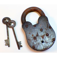 Colt Oversized XXL Iron Lock And Key Set Antiqued Patina
