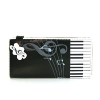 Musically Inspired Faux Patent Leather Muxic Notes Keyboard Piano Bi-Fold Wallet