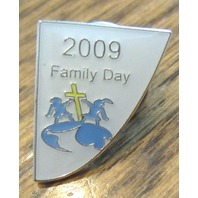 Royal Rangers Rr 2009 Family Day Uniform Lapel Hat Triangle Wedge Pin