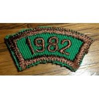 Girl Scouts Gs Vintage Uniform Patch 1982 Rocker Bar