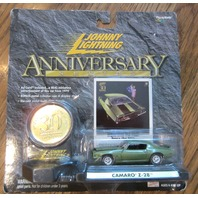 Johnny Lightning Muscle Cars 30Th Anniversary Series Coin Camaro Z-28 New Mip