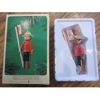 Christmas Hallmark Ornament Keepsake Clothespin Soldier Third In Series Box 1984