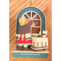 Hallmark Ornament 1993 Look For Wonder Window Advent