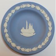 Wedgewood Jasperware Trafalgar Square England Scenic Plate