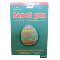 Graphic Easter Egg 1988 Hallmark Hat Lapel Pin Brooch on Card