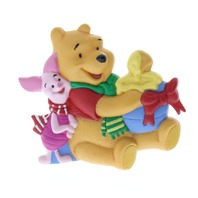 Hallmark Cards Inc.  Winnie the Pooh and Piglet Too Disney Lapen PIn Brooch