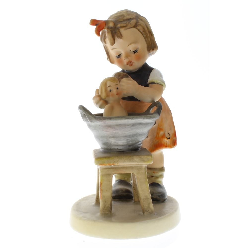 Goebel Hummel Little Girl with Doll Bath 319 Porcelain Figurine