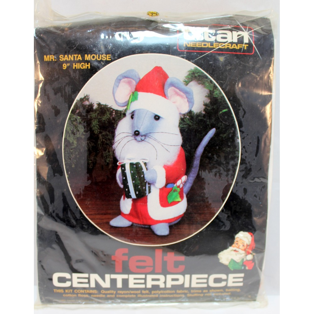 "Titan Needlecraft Felt Centerpiece Mr. Santa Mouse with Gift 9"" Tall Kit"