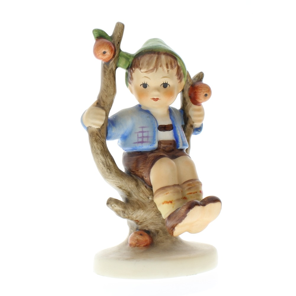 Goebel Hummel Figurine #142 Apple Tree Boy Sitting TMK 3