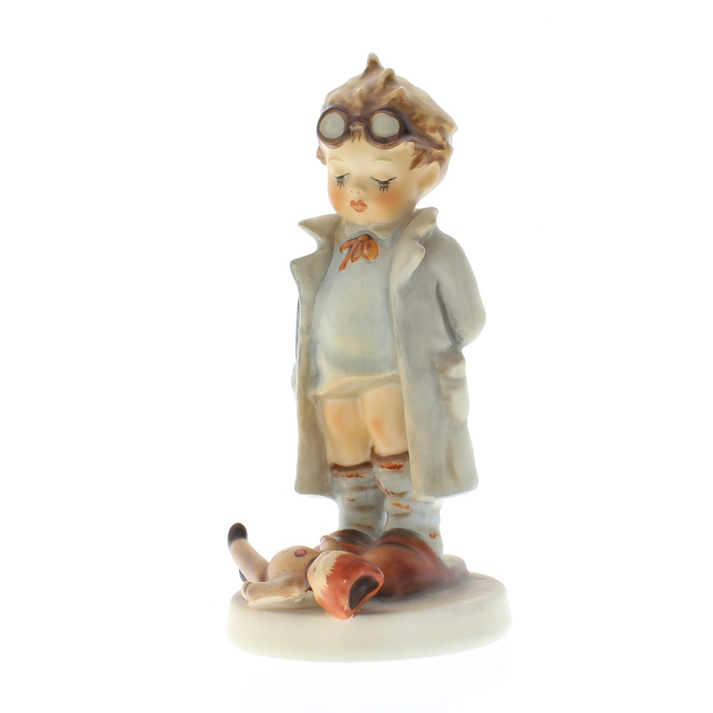 Goebel Hummel Figurine #127 The Doctor Figurine with Sick Doll TMK 3