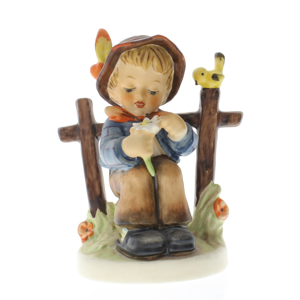 Goebel Hummel Figurine #174 She Loves Me, She Loves Me Not Boy with Bird TMK 5