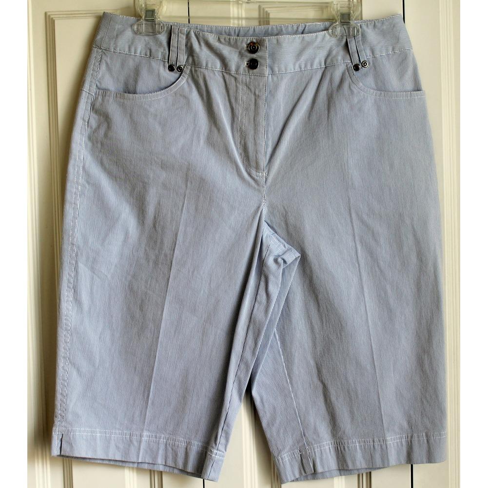 Rafella Womens Sz 12 Striped Shorts NWT New Cotton Blend