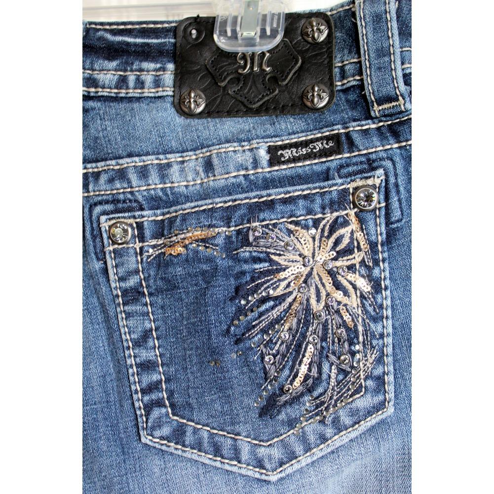 Miss Me Teen Sz 27 Girls Shorts Medium Wash Denim Embellished