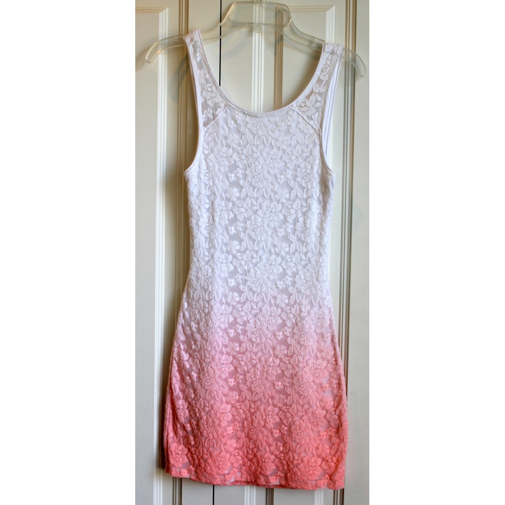 Girls A & F Abercrombie Kids Sz M Ombre White Salmon Open Back Lace Dress