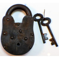 Georgetown County Plantation Iron Lock And Key Set Antiqued Patina