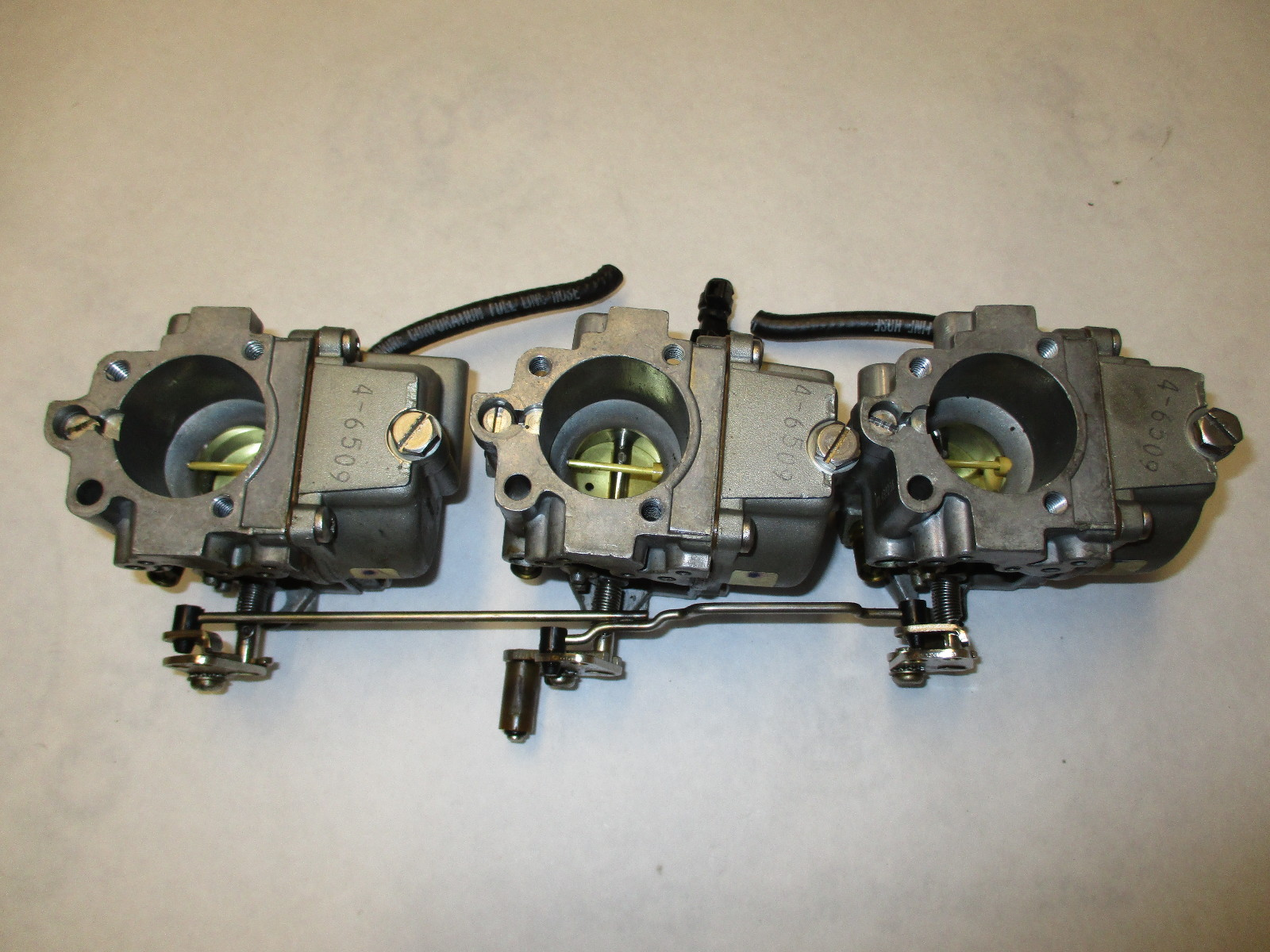 Details about 0433237 0436664 Evinrude Johnson 60 Hp Outboard Carburetor  Assembly