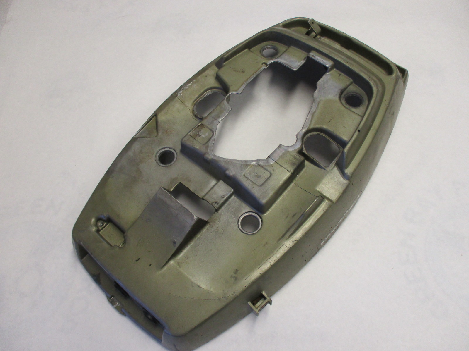 0317308 Lower Motor Cover Cowl Evinrude Johnson 18 20 25 Hp Outboard 0321460