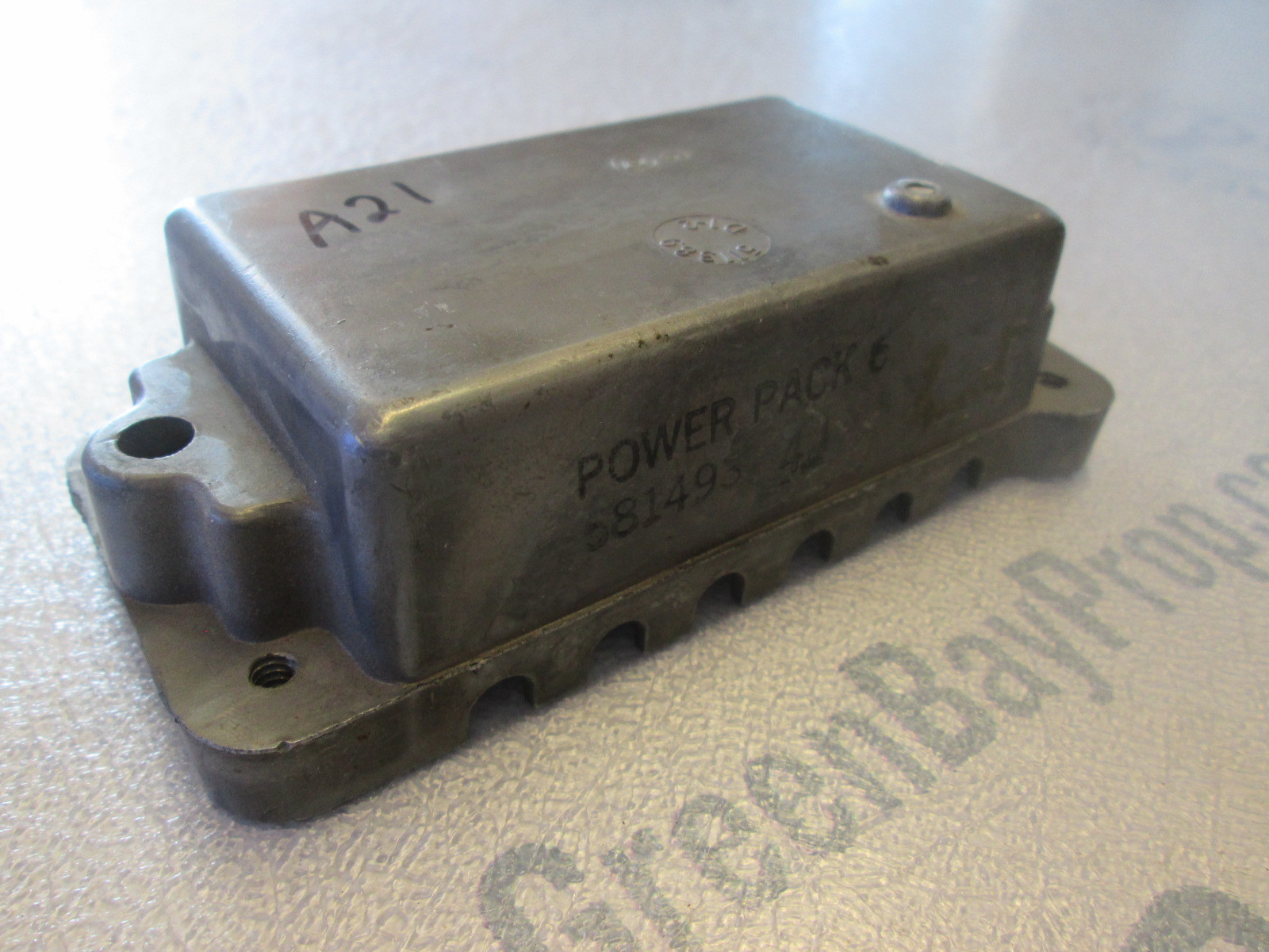 581551 0581925 0582057 Evinrude Johnson Outboard Power Pack