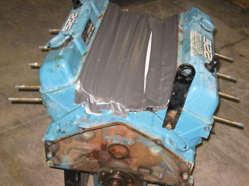 GM Chevy Small Block Engine 225 HP V8 OMC 1978 Motor
