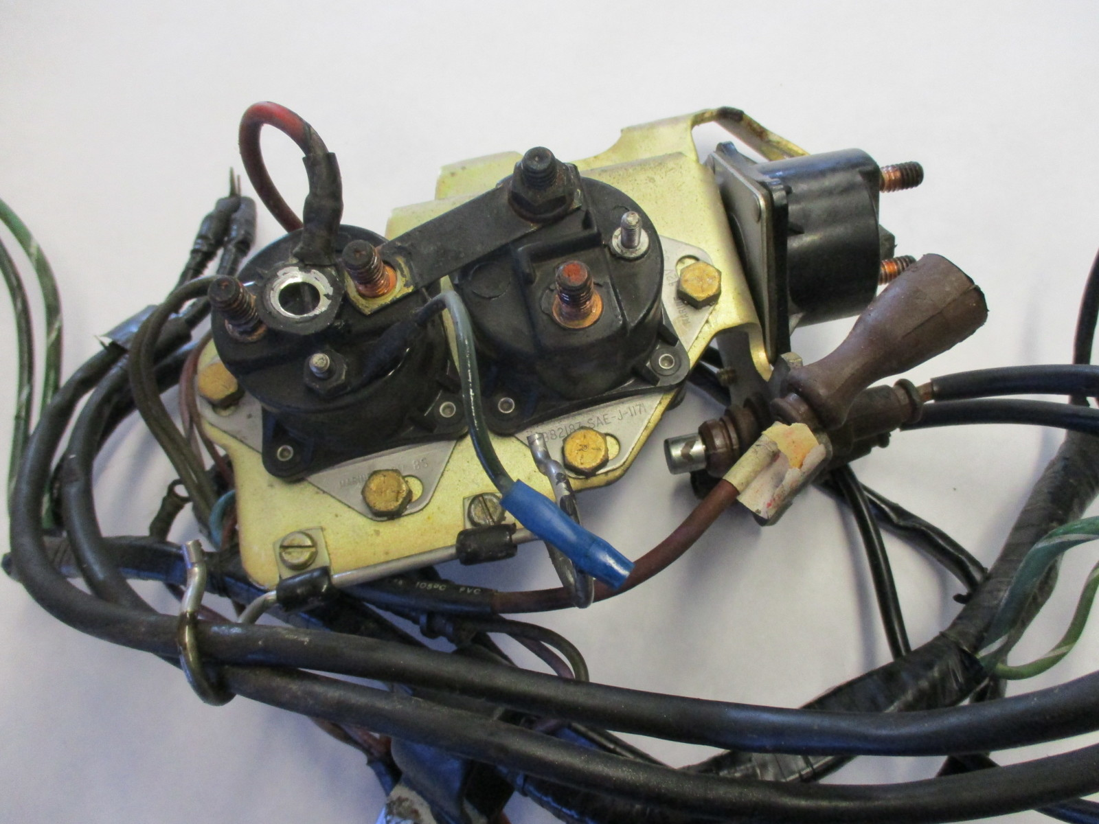 wiring harness bracket omc stringer v8 chevy engine wire harness brackets solenoids  omc stringer v8 chevy engine wire