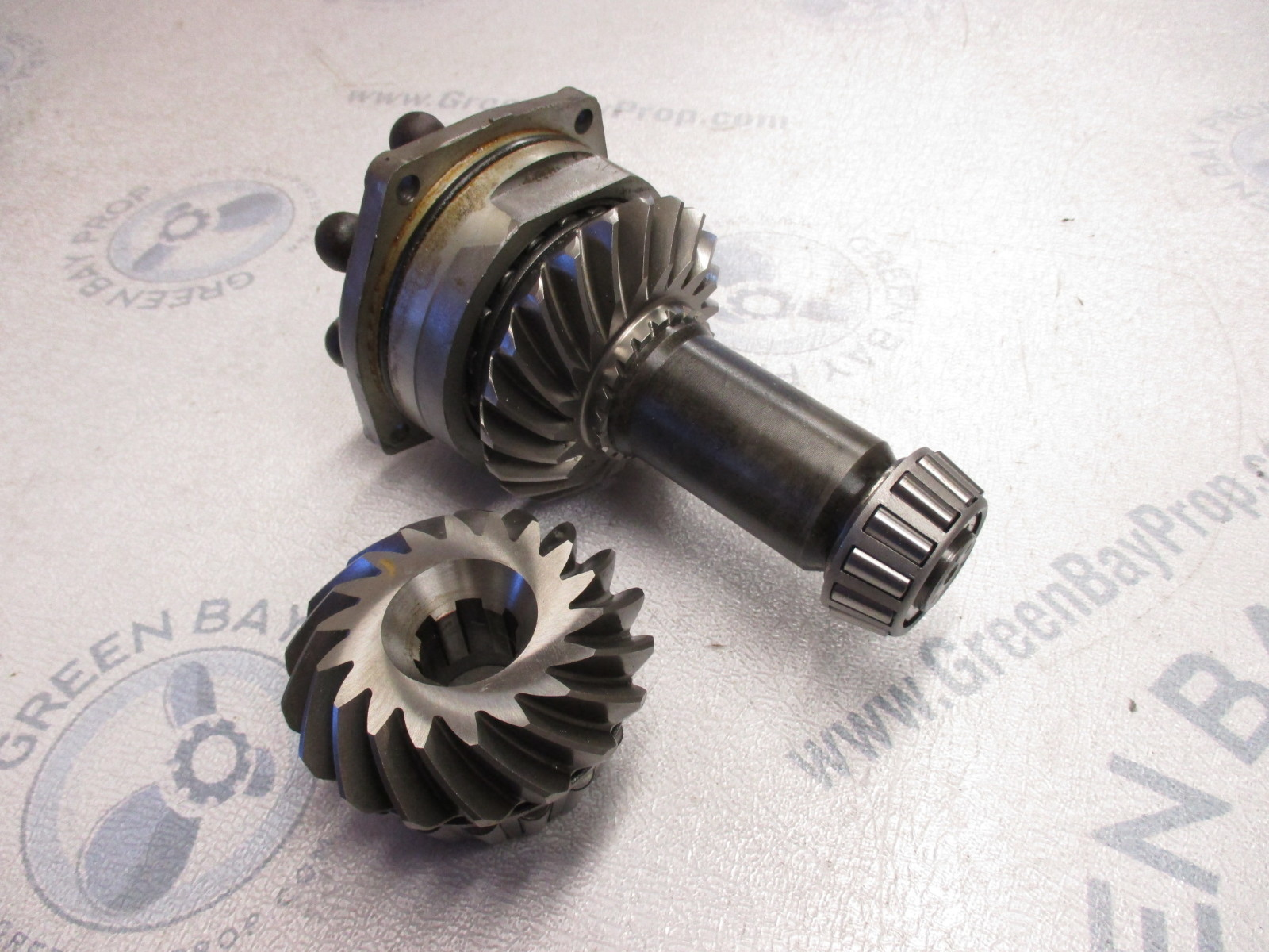 982835 982738 OMC Stringer Stern Drive Upper Unit Case Gear Set 21:18 1974-1985