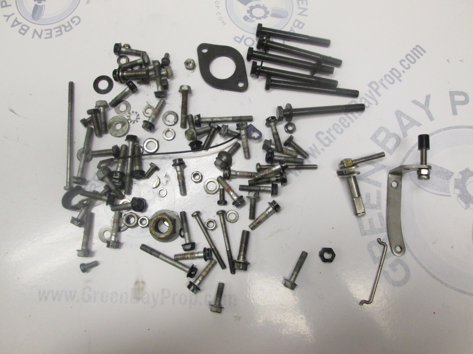 2000 Evinrude 8hp 4 Stroke Outboard Misc. Nuts Bolts Screws Washers Hardware