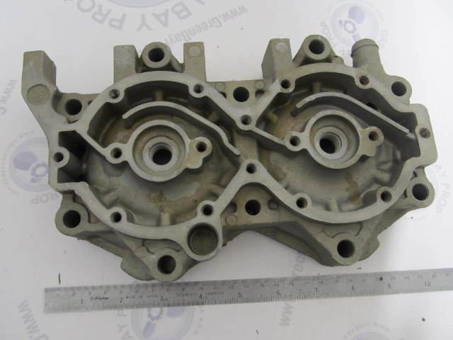 0326502 326502 OMC Evinrude Johnson 140 V4 Port Side Cylinder Head
