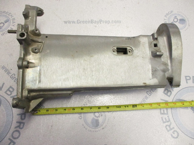 0327562 Evinrude Johnson Outboard Driveshaft Exhaust Housing 0326397 0325574
