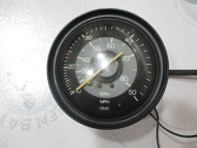 122995 Vintage OMC Marine Boat Gauge Speedometer 50 MPH 80 KPH 4 1/4