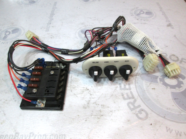 Off White Boat Dash Accessory Switch Panel With Fuse Block Green Bay Propeller Marine Llc