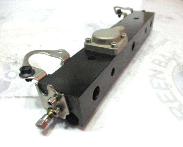 Details about 895747T02 Mercury Optimax Pro XS DFI 200 225 250 3 0L Fuel  Rail Starboard Right