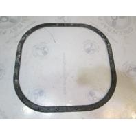 911827 0909526 OMC Stringer Sterndrive Transom Seal Plate 4CYL V6 V8