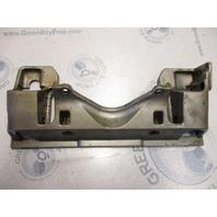 0122730 Johnson Evinrude Outboard Support Bracket Power Tilt 1975-86 122730