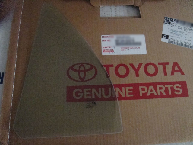 Fits 02-06 Toyota Camry Right Passenger Rear Triangle Vent Glass new OEM