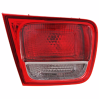 Fits 13-15  Malibu  / 2016 Malibu Limted Left Driver Tail Lamp Assembly without LED Lid Mounted