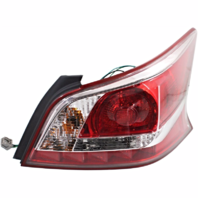 Fits 13-15  Altima Sedan Passenger Side Tail Lamp with Red Edge Trim
