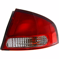 Fits 00-03 NISSAN SENTRA RIGHT PASSENGER TAIL LAMP ASSEMBLY