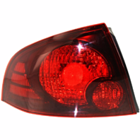 FITS 04-06 NISSAN SENTRA LEFT DRIVER TAIL LAMP ASSEMBLY With DARK BEZEL