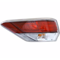 Fits 14-15  HIGHLANDER /HYBRID LEFT DRIVER  TAIL LAMP ASSM QUARTER MOUNTED