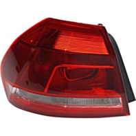 Fits 12-15  PASSAT LEFT DRIVER TAIL LAMP ASSEMBLY QUARTER MOUNTED