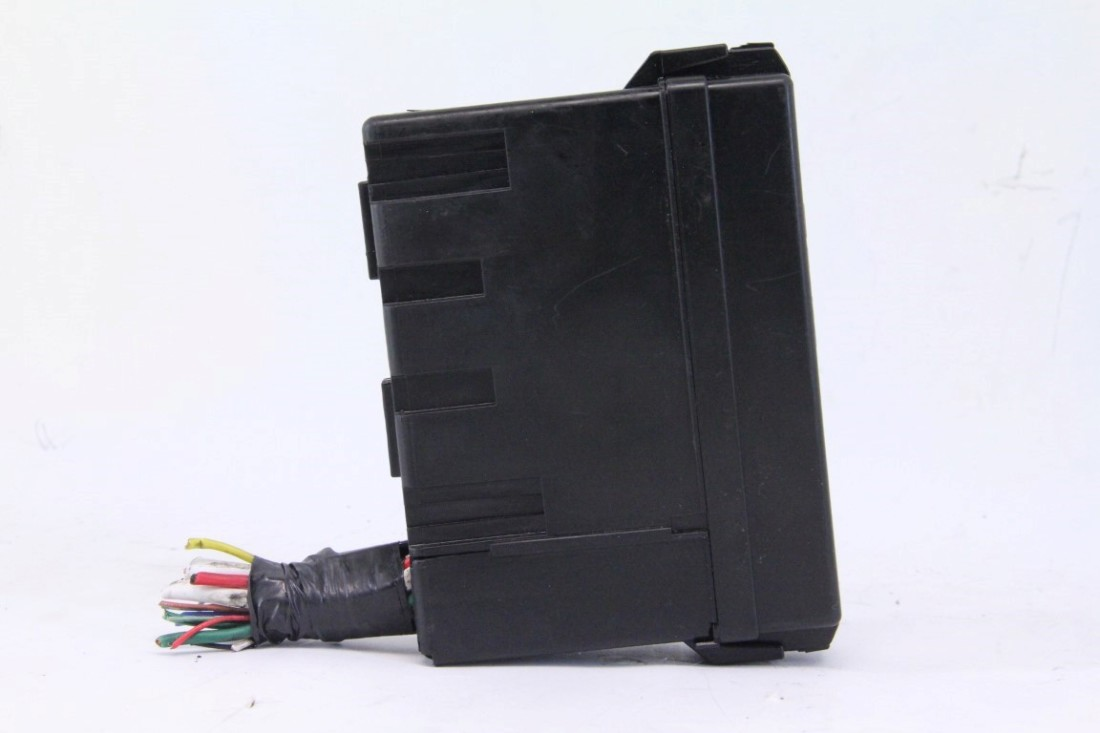 infiniti fx35 fx45 03-08, fuse relay block box unit,