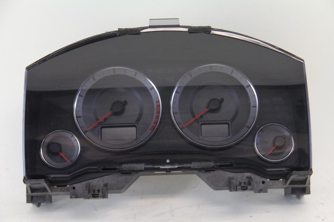 Infiniti FX35 04 Dash Speedometer Meter Cluster  87,047 Miles 24820-CL70D, OEM