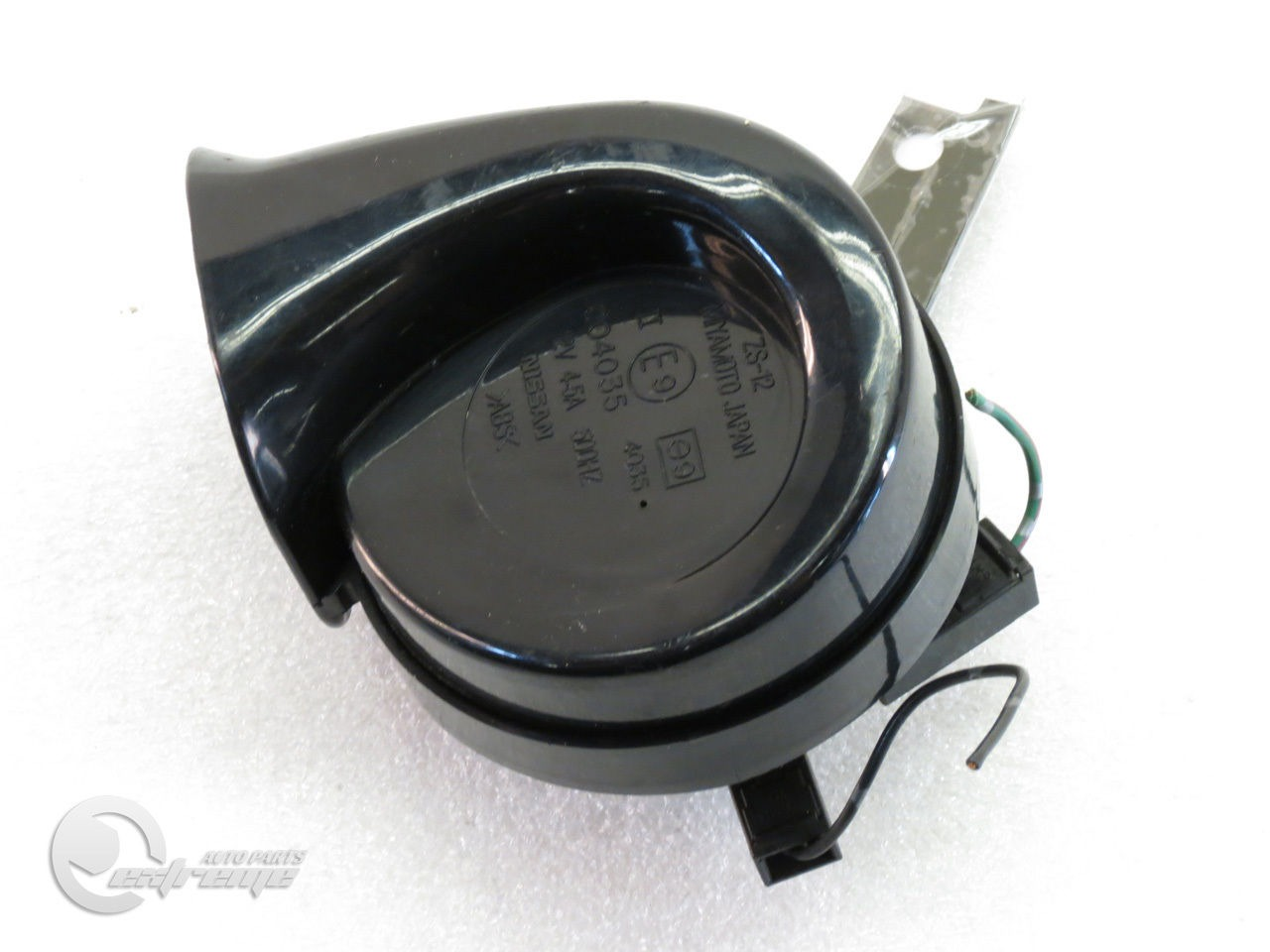 Infiniti G35 25610-AL50A High Pitch Tone Horn Signal Beep 500HZ 03-07, OEM